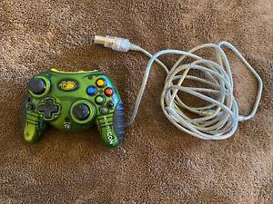 Mad Catz MicroCon Wired Controller for Microsoft Xbox Green Yellow Original Xbox
