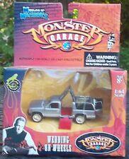 Monster Garage Muscle Machines Chevrolet Surburban Wedding In Wheels 1/64 Scale