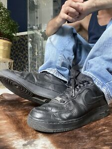 Nike Air Force One 43 Schwarz Sneaker Schuhe  UK8,5 US9,5 Black AF1