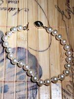 Marvella Pearl Bracelet Womens Ladies Costume Jewelry Gold Closture Vintage Nice