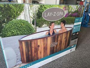 Lay-Z-Spa Helsinki Hot Tub 180 AirJet Wood Effect Inflatable Spa New BNIB