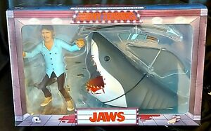 """Neca Jaws - Toony Terrors Jaws and Quint  - 6"""" scale figure 2-pack - in stock"""