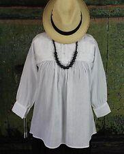 White on White Hand Embroidered Blouse Mayan Chiapas Mexico Hippie Santa Fe Boho