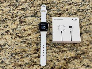Apple Watch Series 4 44mm Alum Case Sport Band GPS Smartwatch #28
