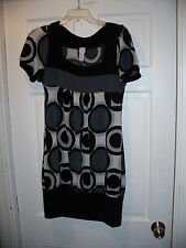 C. Graffitti Size L  12/14  Short Sleeve Bag Style dress Above the Knee Stretchy