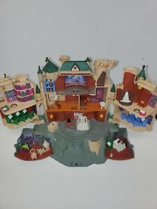 Mattel Harry Potter Polly Pocket Hogwarts Castle Playset 2001 read