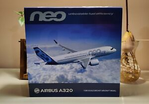 """JC WINGS LH2022 1/200 AIRBUS HOUSE COLOR A320-200NEO F-WNEO """"NEW TOOLING"""""""