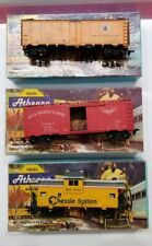 Vintage Athearn Train Lot Chessie GM & O Northern Pacific B & O. W Box Railroad
