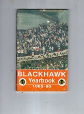 1985-86 CHICAGO BLACKHAWKS NHL HOCKEY YEARBOOK-CHICAGO STADIUM-NICE-104 PAGES