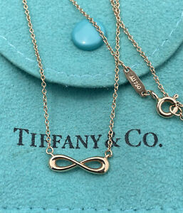 Tiffany & Co. 18K yellow Gold Infinity Pendant Chain Link Necklace 750