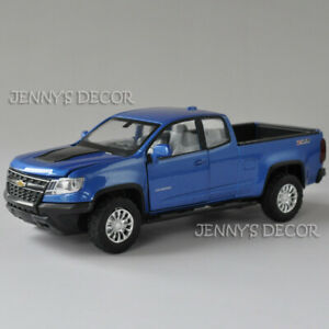Diecast Car Model Toys 1:32 Chevrolet Colorado Pickup Truck Pull Back Replica