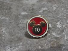 WALT DISNEY STUDIOS BURBANK 10 YEAR CAST MEMBER SERVICE AWARD PIN MICKEY ICON