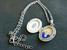 """VTG RETRO FASHION STAMP 925 """"LIVE BY THE GOLDEN RULE"""" LOCKET PENDANT NECKLACE"""