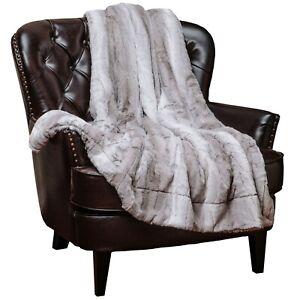 Chanasya Soft Sherpa Cozy Faux Fur Elegant Throw Blanket Falling Leaf Pattern