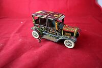 "EXCELLENT MARX 1940's BLONDE LOCAL ""OLD JALOPY"" LITHOGRAPHED TIN WIND UP TOY"