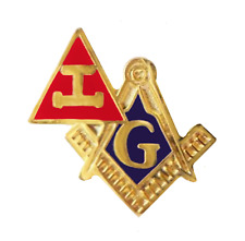 Royal Arch Triple Tau and Square & Compasses Cut Out Masonic Pin Badge