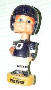 NFL Minnesota Vikings plastic football player #0 bobble head   Korea c.1975  II