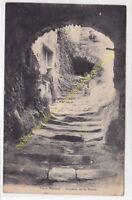 CPA 26110 NYONS Impasse de la Roche animée Edit MONNIER 1919
