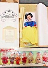 "Disney Store LE Snow White 16"" Porcelain Doll Bikin Seven Dwarfs Vinyl Set NRFB"