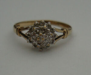 DIAMOND 9CT YELLOW & WHITE GOLD CLAW ENGAGEMENT ETERNITY CLUSTER RING 375