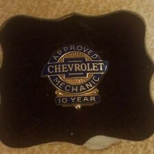 Vintage Chevrolet Approved Mechanic 10-year Pin In Original Box
