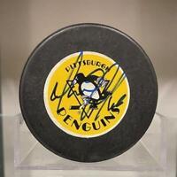 SIGNED Mario Lemieux (Pittsburgh Penguins) Hockey Puck (w/COA)