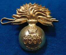 CANADA Canadian Armed Forces Grenadier Guards cap badge QC