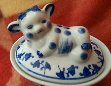 Pate(cow)terrine porcerlain dish,blue&white pattern.french ?