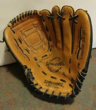 Spalding 18455 Flex-Wedge 11 Inch Hand Crafted Leather Baseball Glove