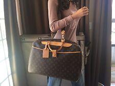 Auth Louis Vuitton Monogram Alize 24 Travel Bag