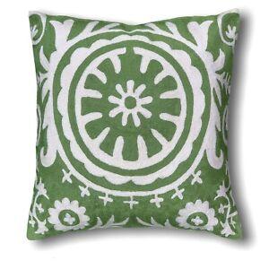 Decorative Handmade Wool Geometric Pattern 50x50 Cm Green & White Cushion Cover