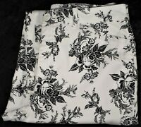Womens Croft & Barrow Size 6 Denim Capri Pants Stretch White Black Floral - EUC