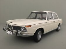 BMW Neue Klasse 1800. 1962 - 1977. Auto Art 1:18