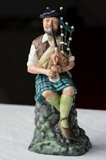 Royal Doulton Character Figurine Figure The Piper HN 2907 from England Nice