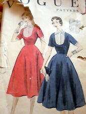 LOVELY VTG 1950s DRESS & DICKIE VOGUE Sewing Pattern 16/34