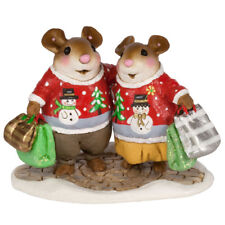 Wee Forest Folk Christmas Figurine M-625 - Close Knit Couple