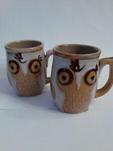 2 Gibson Home Nature's Owl creme colored Ceramic Stoneware Coffee Mug 12oz