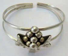 Vintage Sterling Silver Grapes Cluster & Leaves Cuff Bracelet Taxco Mexico 22 gr