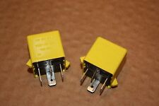 Qtà 2 NUOVE SIEMENS GIALLO relay ywb 10027 v213134-b0052 LANDROVER AMR 2548