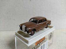 Mercedes-Benz 190 Ponton , marrón , Brekina 23067 , escala 1/87