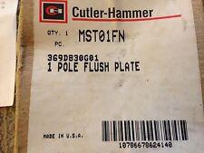 NEW CUTLER-HAMMER 1 POLE MANUAL MOTOR STARTER - 1 HP - FOR FLUSH INSTALLATION