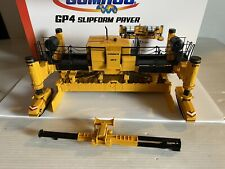 Gomaco GP-4 Slip form Concrete Road Paver 1/32 Scale Detailed Model w/box