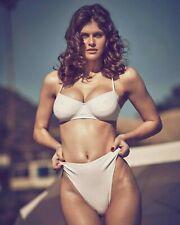 Alexandra Daddario 8X10 Photo Print