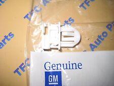 Hummer H3 Grille Clip Snap Retainer Fastner OEM New Genuine  2006-2010