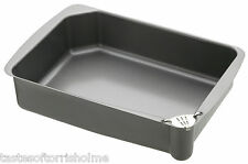Master Class Heavy Duty Non Stick Roasting Tray & Removable Pouring Lip Strainer
