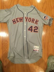 New York Mets game used Jackie Robinson day jersey and cap