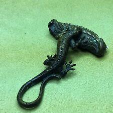 Vtg brass/bronze lizard leaf razor shaver blade wildlife gecko unique sculpture