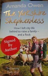 The Yorkshire Shepherdess By Amanda Owen Autobiography SIGNED COPY farming life