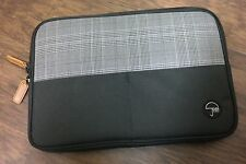 "PKG Slouch Laptop Sleeve /Green/black for Macbook 13"" inch and more"