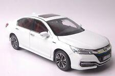 Honda Accord Sport Hybrid 2016 car model in scale 1:18 white